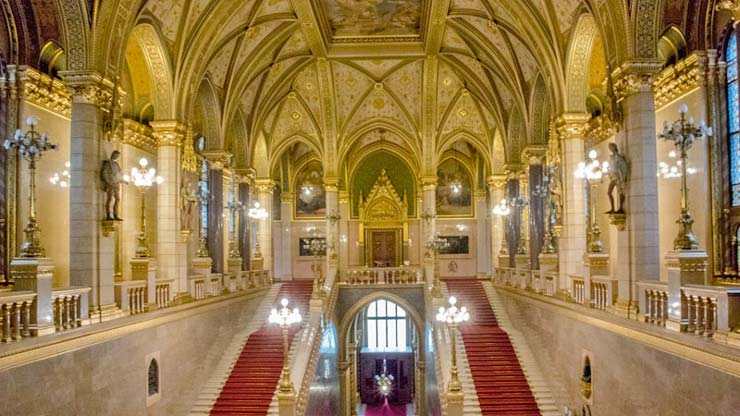 budapest in winter - hungarian parliament